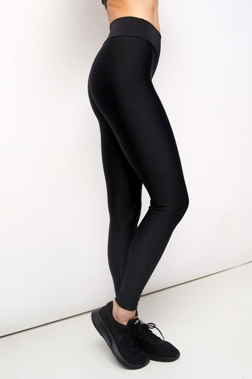 Trilobal Black Leggins